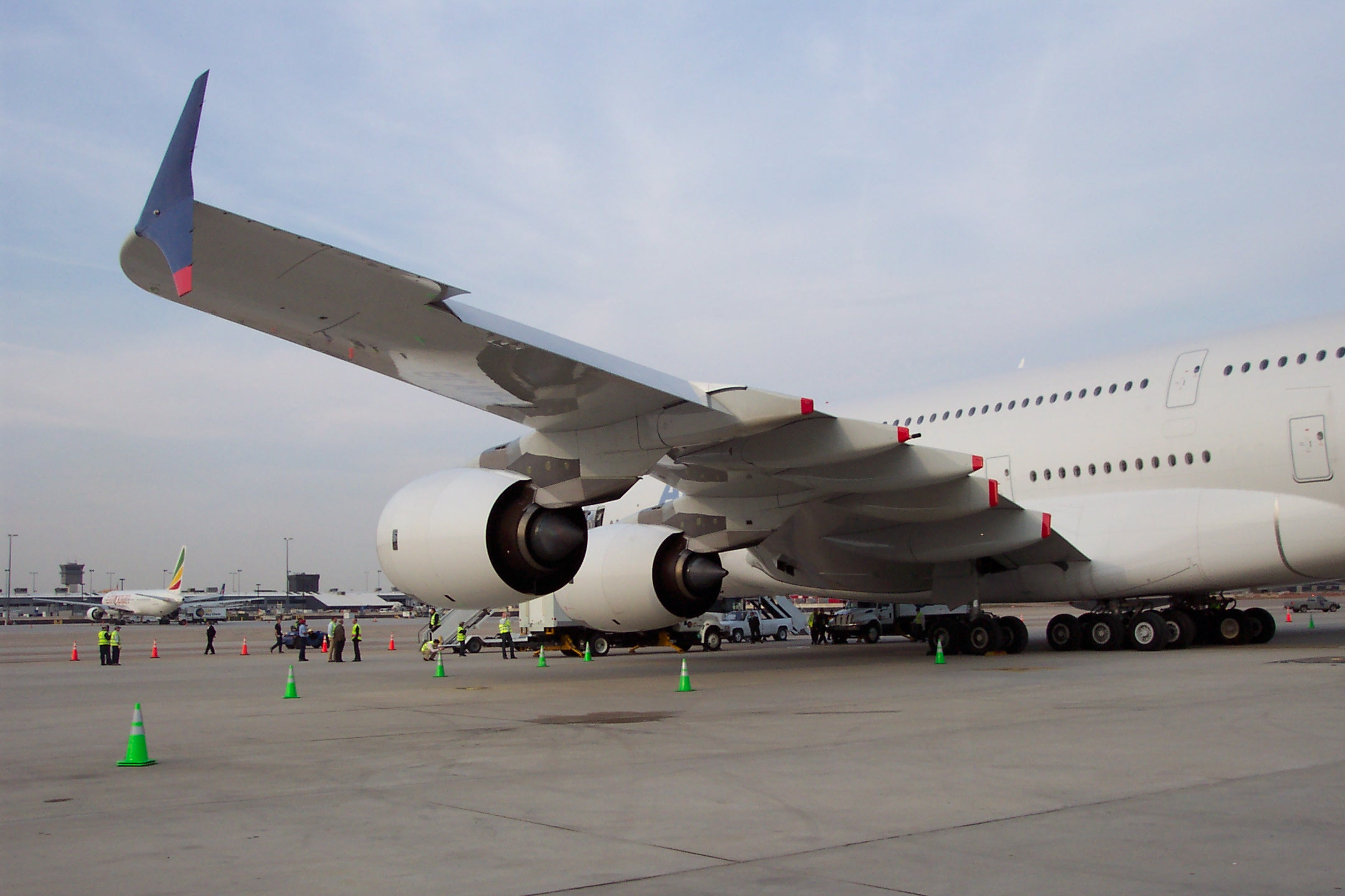 http://www-personal.umich.edu/~cortneyr/A380/A380_04.jpg