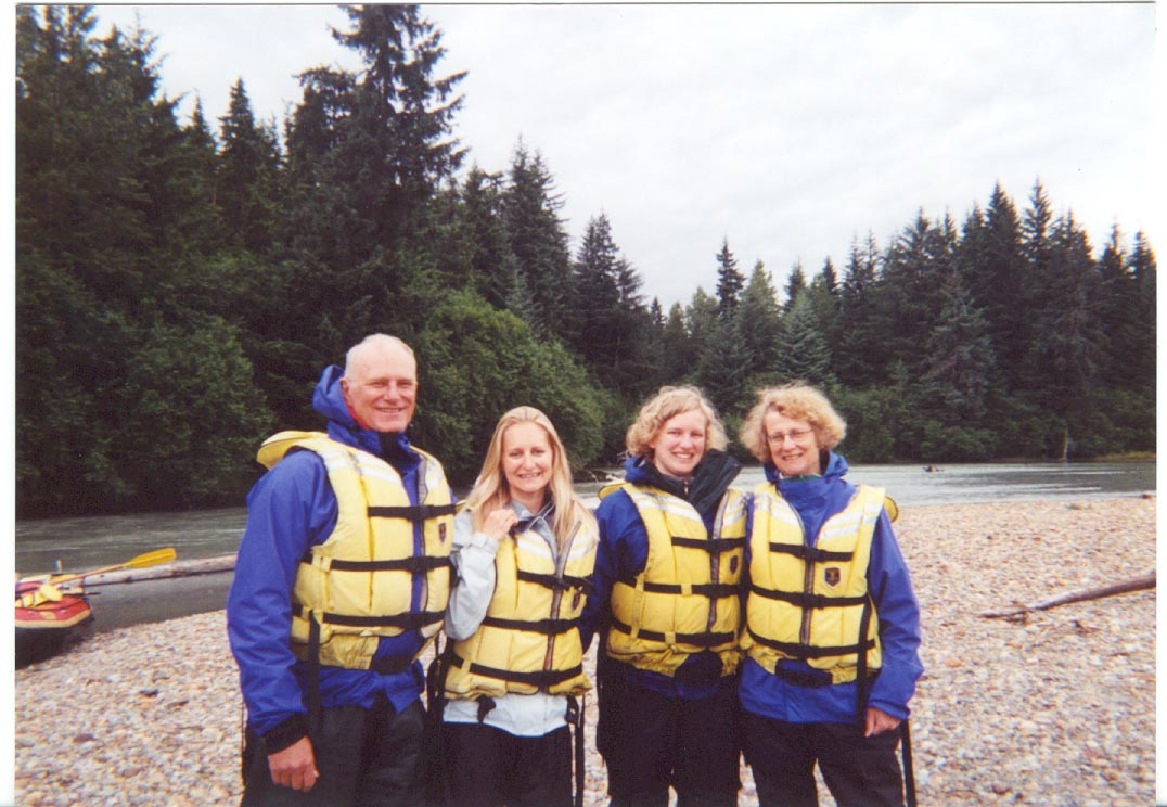 Rich, Jenny, Lucy, and Sally Thomason (Alaska, 2001)